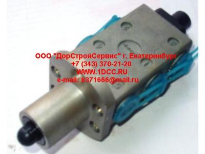 Клапан управления КПП (3+2 отв. под трубки) H2/H3,C,DF HOWO (ХОВО) F99660 фото 1 Владимир